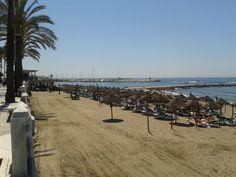 Playa de la Fontanilla en Marbella, España. (SAMSUNG DUOS 24.05.2013 12:40 by Fbb) http://www.skindefenders.com