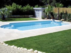 Pinterest the world s catalog of ideas for Piscine coque blanche