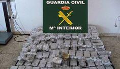 La Mafia é anche nella tua citta * Die Mafia ist auch in deiner Stadt : 1,2 Tonnen Haschisch der Camorra beschlagnahmt