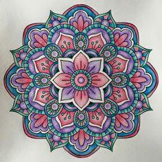 Mandala art mandalas en 2019 mandala art, mandala painting y Mandala Art, Henna Mandala, Mandala Canvas, Mandalas Drawing, Mandala Painting, Ceramic Painting, Mandala Design, Design Tattoo, Circle Art