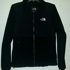 *LIKE NEW* Womens North Face Polartec jacket *LIKE NEW* Womens North Face Polartec jacket, size Small. It's black with elastic cuffs and 3 pockets on the front ! Great condition ! North Face Jackets & Coats