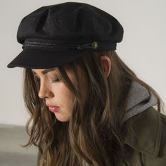 Biggest Trends In Women S Fashion Brixton Fiddler Cap, Fiddler Hat, Outfits With Hats, Fall Outfits, Cute Outfits, Barett Outfit, Oversize Mantel, Sailor Cap, Vestidos