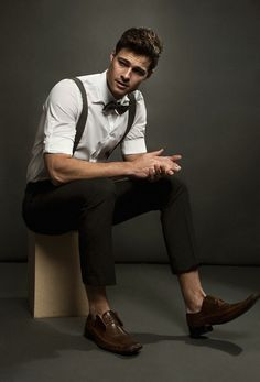 Matt wears shirt Calvin Klein, trousers Perry Ellis, bow-tie Lille Hus Textiles, and shoes Grey Stone.