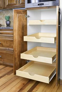 pull out shelves baskets drawers | ... pull out shelves using L ...