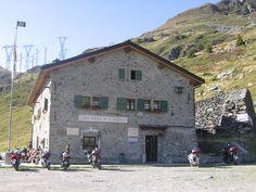 Mezzoldo - oggi la Casa cantoniera  al  Passo San Marco lungo la Via Priula