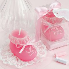 Size: 6.4cm(L)x4.2cm(W)x5.5cm(H) Material: High Quality Environmental Protection Wax Package:PVC Box&Silk Ribbon Suitable for Birthday Party,Wedding,or Celebration Smokeless with sweet smell.