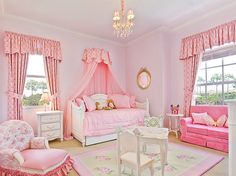 10 Cute Canopy Beds for Girly Bedroom