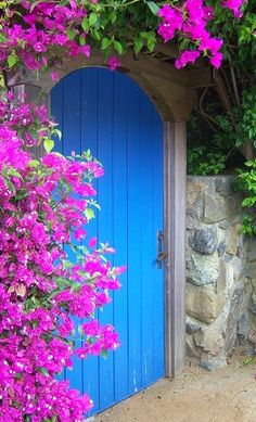 25 Beautiful Doors and Entryways from Around the World