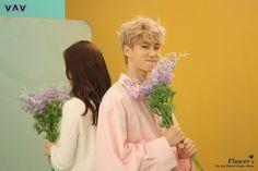 Baron | [Behind the cut] VAV - MV 'Flower' cr. VAV official Fancafe