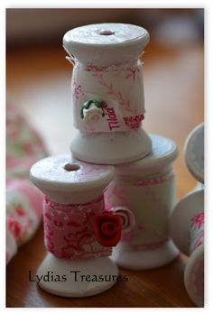 Altered Wooden Spools with Tilda printable and handmade ribbon.. Winter Ideas book