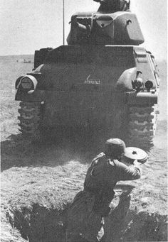 Fallschirmjäger training with captured french tank Somua, pin by Paolo Marzioli