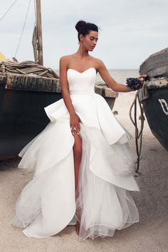Unique Sweetheart Backless s Miss Zhu Bridal unique wedding gowns - Wedding Gown Unique Wedding Gowns, Western Wedding Dresses, Backless Wedding, Cheap Wedding Dress, Dream Wedding Dresses, Bridal Dresses, Wedding Styles, Gown Wedding, Backless Gown