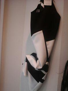 Vestito bianco e nero fantasia anni 70*****