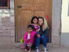 Cute picture of our #volunteer Lucie at her project in #Cusco