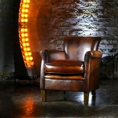 Old Boot Sofas looks at the tell-tale signs of sofa psychology Old Boots, Sofas, Psychology, Sayings, Chair, Furniture, Home Decor, Couches, Psicologia