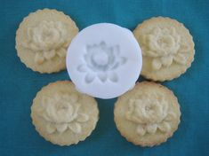 LOTUS COOKIE STAMP recipe and instructions  make your by totalum