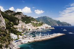 Find out about the top places to visit in Southern Italy. Here are Italy's most popular places to go for a vacation, from Naples to Sicily.