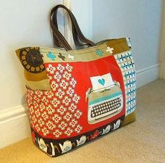 Weekend bag to make, love the large print fabric