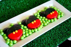 Mickey Mouse chocolate covered Oreos - Amanda's Parties TO GO
