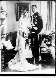 Mariage du prince Axel de Danemark avec la princesse Margareth[a] de Suède [à Stockholm le 22 mai 1919] : [photographie de presse] / [Agence Rol]