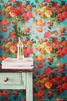 #Floral #wallpaper by Chaulafanita [www.juliadavilalampe.com], via Flickr