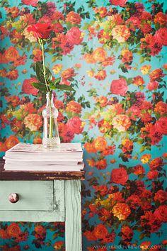 #Floral #wallpaper by Chaulafanita [www.juliadavilalampe.com], via Flickr
