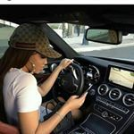 Imagen de car, girl, and fashion Luxury Lifestyle Fashion, Rich Lifestyle, Photographie Portrait Inspiration, Girls Driving, Luxe Life, Cute Cars, Rich Girl, Car Girls, Girl Boss
