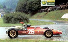 Jacky Ickx, Rouen les Essarts 1968, Ferrari 312... 1st F1 win for the 'rain master' À beautiful circuit.