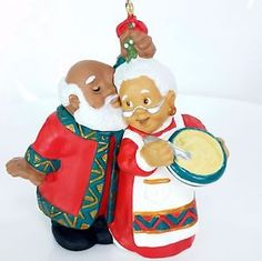 Sweet Hallmark Keepsake Mr. and Mrs Santa Claus Ornament!