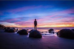 Moeraki mornings. #NZMustDo [📍Moeraki Boulders, Waitaki. ���