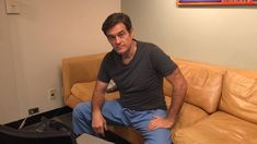 @DrOz shows how easy and quick it is to call your Senator's office and ask him/her to pass a clean #FOSTA #SESTA bill to hold websites accountable that facilitate sex trafficking! Takes just a minute! https://www.facebook.com/droz/videos/10151000686259995/  Here's more info to help you! http://enough.org/hr1865