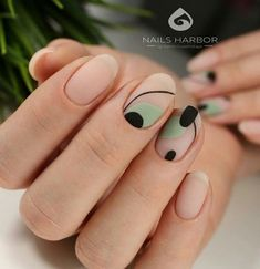 Simple Nail Art Designs That You Can Do Yourself – Your Beautiful Nails Cute Nails, Pretty Nails, My Nails, Nail Manicure, Nail Polish, Nail Art Designs, Do It Yourself Nails, Modern Nails, Minimalist Nails