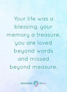 Het gemis is groots, maar de liefde voor eeuwig. Een quote over het afscheid, het verdriet en het gemis na de dood van een geliefde. Vind meer inspiratie over de uitvaart en rouwen op http://www.rememberme.nl