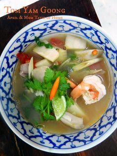 Tom Yam Goong - Clear Soup | http://www.bubblews.com/account/155732-aprilz | #Thai_recipe #skinny
