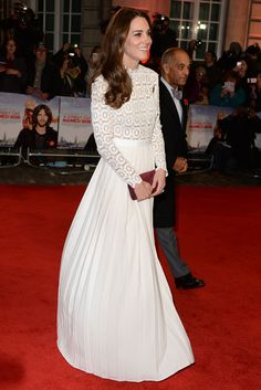 Kate Middleton Wows on the Red Carpet in a Dress Under $500 - November 3, 2016