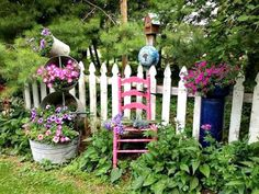Cozy Little House: Looking Forward To Gardens