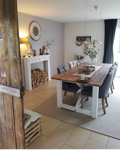 DIY Esstisch Home Staging, Diy Esstisch, Dining Room, Dining Table, House Design, Table Decorations, Kitchen, Furniture, Farmhouse