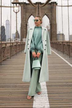 Home Office Design For Women Fashion 2020, Look Fashion, Fashion Outfits, Casual Outfits, Fashion Trends, Autumn Winter Fashion, Fall Winter Outfits, Mein Style, Winter Stil