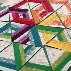 Rainbow Hexadaisey mini quilt tutorial