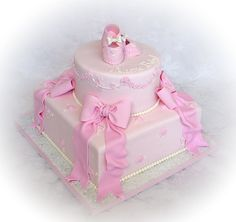 i-hearted-u:    Baby Girl Shower Cake Booties & Bows by windysk on Flickr.