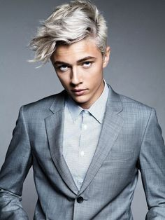 Size Matters: Hair Trends That Rocked The Nation silver hair highlights for men Lucky Blue Smith, Highlights For Men, Silver Hair Highlights, Silver Hair Men, Men With Grey Hair, Hair Dye For Men, Mens Hair Dye, Mens Blue Hair, Cool Boys Haircuts