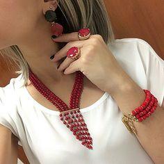 Колье с разделителем Diy Jewelry Necklace, Coral Jewelry, Handmade Beaded Jewelry, Bead Jewellery, Boho Jewelry, Jewelry Sets, Jewelery, Beaded Necklace, Jewelry Design