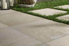 Terrassenplatten aus Naturstein - Geeignete Steinarten, Vor- & Nachteile