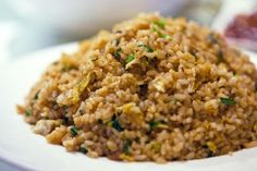 Eating leftover rice can make you very sick. Here's how to properly store it Boiled Rice Recipes, Greens Restaurant, How To Boil Rice, Leftover Rice, True Food, Cooking 101, Rice Dishes, Base Foods, Air Fryer Recipes