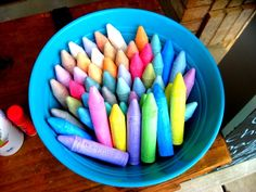Neighborhood sidewalk chalk party -- keep it simple with popsicles, lemonade and baskets of sidewalk chalk scattered around the driveway.