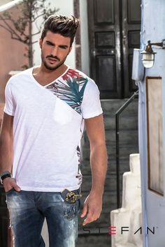 Mariano Di Vaio for Stefan Polo Shirt Outfits, Polo T Shirts, Cut Shirts, Shirt Print Design, Shirt Designs, Popular Fashion Blogs, Mdv Style, Ankara Clothing, Stylish Boys