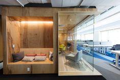 Conceito, design e tendência neste escritório da Digital Ocean, em Nova York. Adaptar áreas de descanso em meio as salas faz parte dos novos projetos de grandes escritórios pelo mundo.