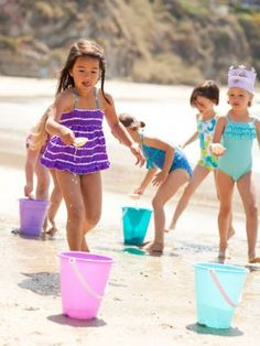 When they're done with the waves, pull out this awesome list of activities for your little beach bums.