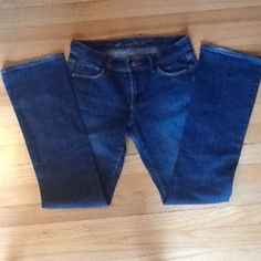 Old Navy Jeans 1 Sweetheart Classic Rise Bootcut Old Navy - The Sweetheart Jeans Classic Rise Bootcut Stretch. 99% cotton, 1% spandex. In great condition. Size 1 Regular Old Navy Jeans Boot Cut