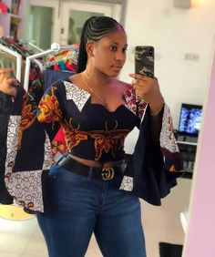The Latest Ankara Tops With Jeans Style African Wear Dresses, African Fashion Ankara, African Fashion Designers, Latest African Fashion Dresses, African Print Fashion, Africa Fashion, African Attire, African Blouses, African Tops